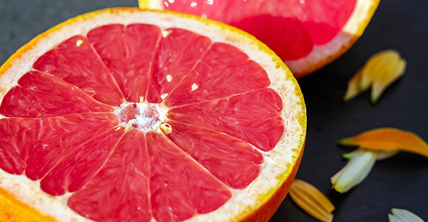 Grapefruit: 25 Health Benefits, Diet Tips and Fun Facts